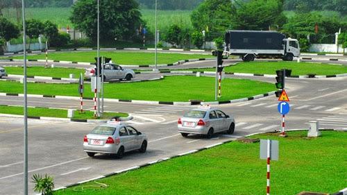 Lệ phí học lái xe ô tô Đà Nẵng