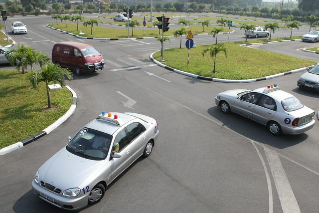 Tài liệu học bằng lái xe ô tô